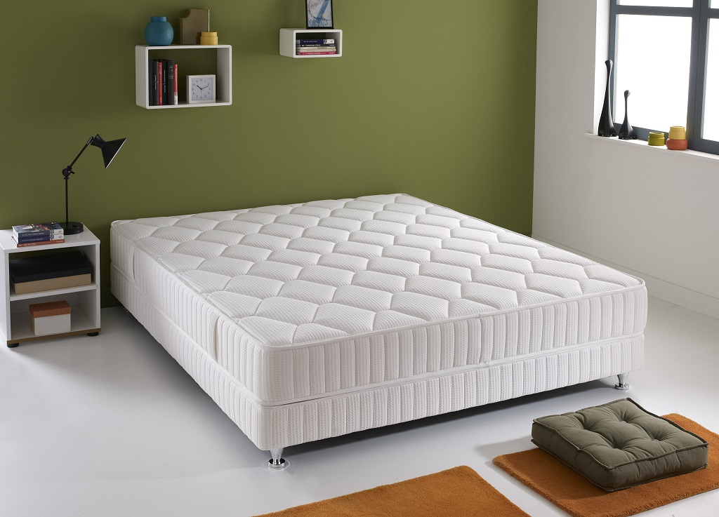 matelas simmons qui tude ressorts ensach s 90x190. Black Bedroom Furniture Sets. Home Design Ideas